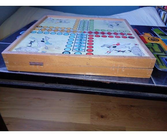 Jeu de l'oie, petits chevaux, dame et backgammon Jeujura