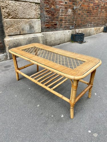 Table basse en rotin vers 1960