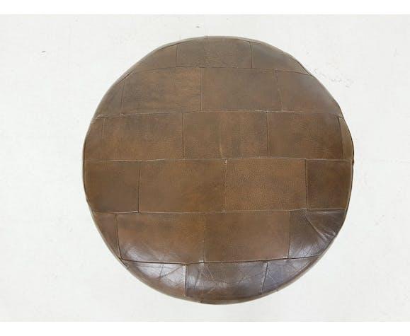 Pouf patchwork en cuir bru , années 1970