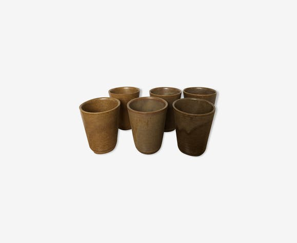 Lot 6 cups in earth-coloured stoneware