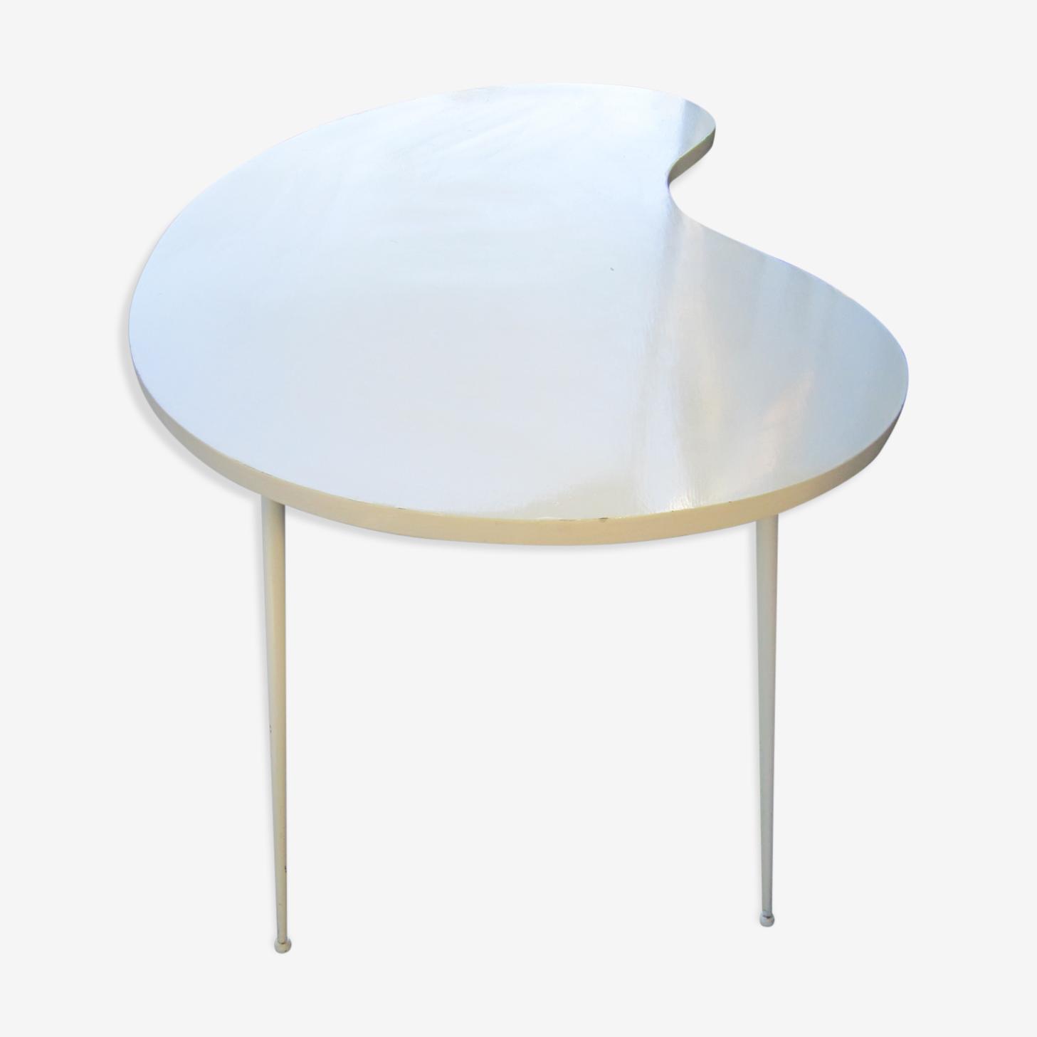 Table blanche forme libre pliante