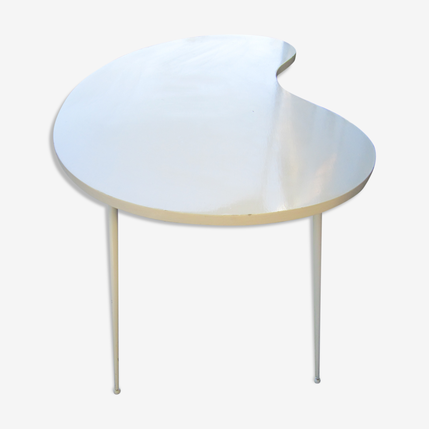 White table folding free-form