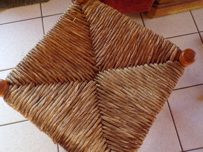 Tabouret on straw