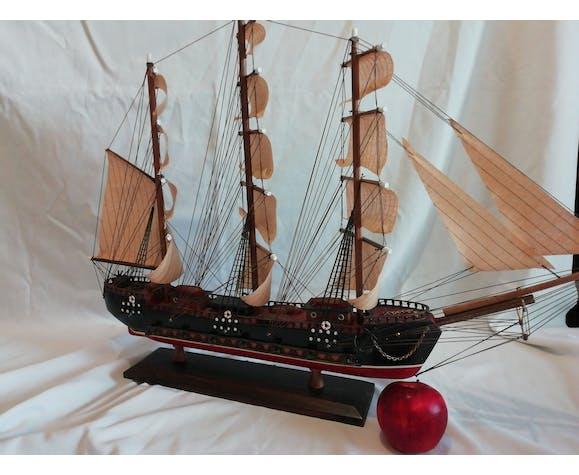 Bateau collection bois Fragata Siglo XVIII - 72 cm x 54 cm en parfait état