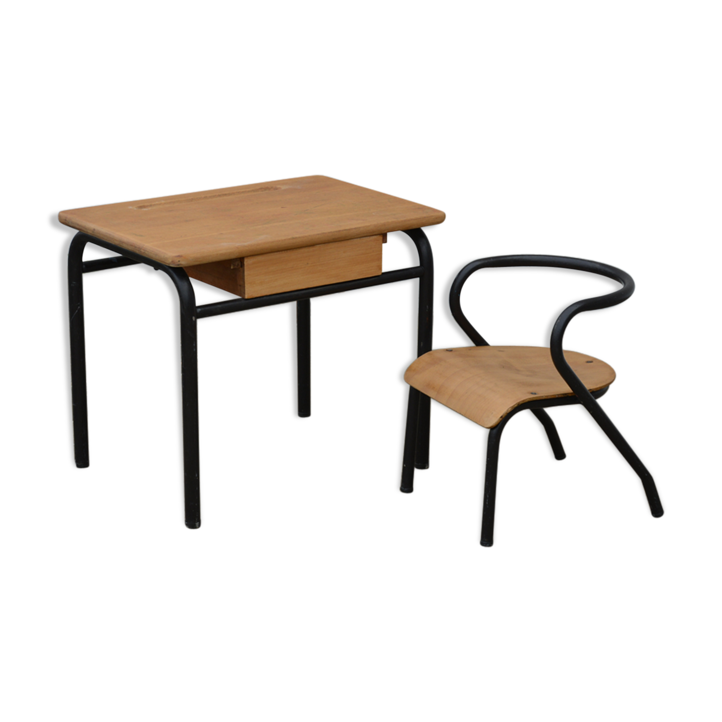 Bureau et chaise pour tout petit bois matériau bois couleur