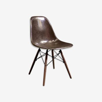 Vintage Eames Chair by Herman Miller - Seal Brown