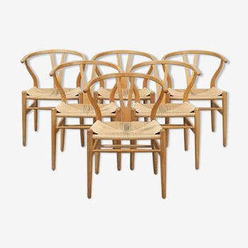 Hans Wegner's 6 Wishbone chairs