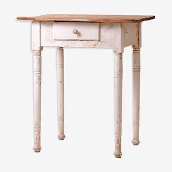 Shabby farm table