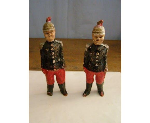 Jouets de collection du XIXé siècle 2 officiers cuirassiers armée française