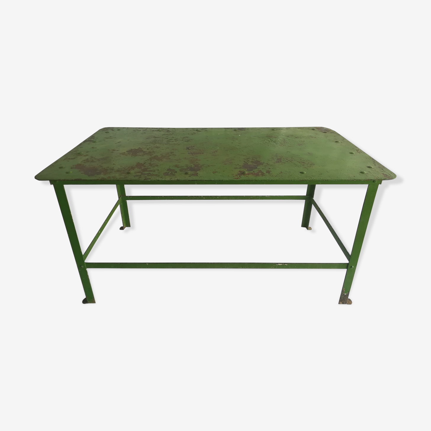 Table industrial green, metal and rivets years 40