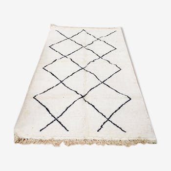 Beni Ourain rug white black geometric patterns 227 x 168 cm