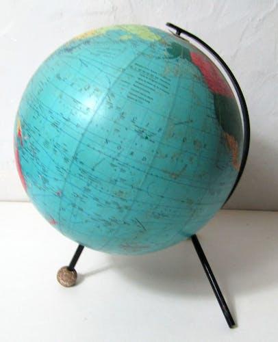Globe terrestre Taride 1969