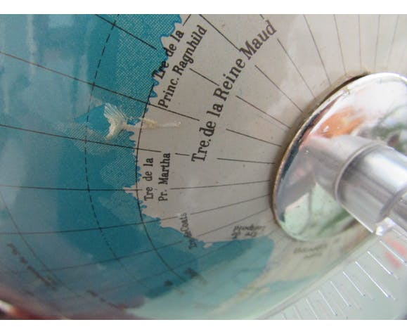 Globe lumineux mappemonde vintage Grange Batelière Paris