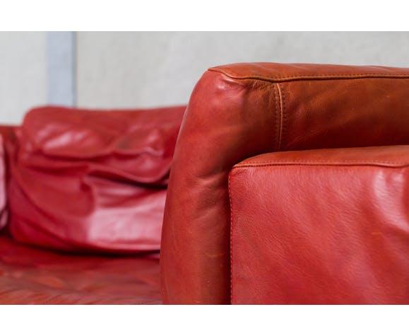 Canapé italien rembourré par Natuzzi en cuir rouge