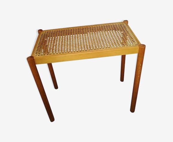 Table, bout de canapé en cannage