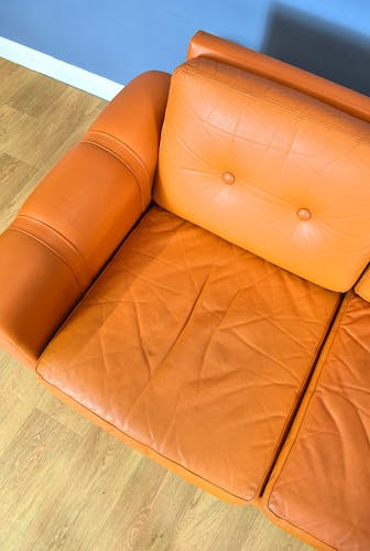 Mobler tan leather 3 seat sofa, 1970s