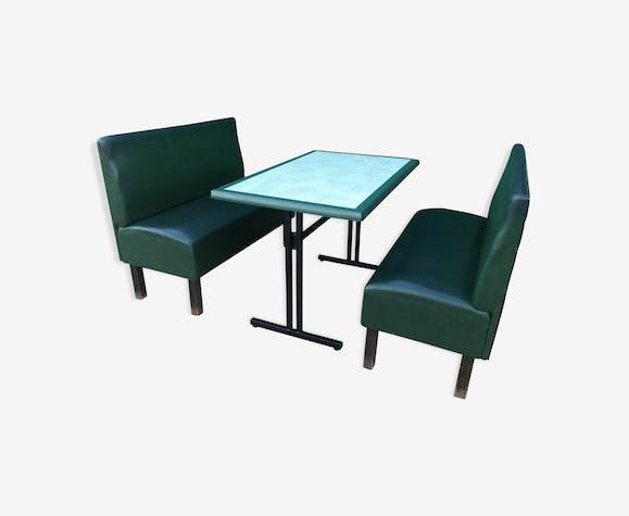 Ensemble de deux banquettes bistrot plus table