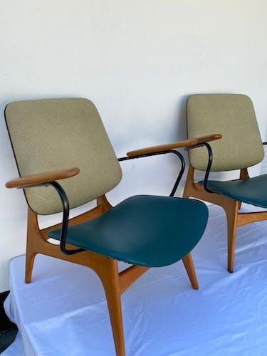 Pair of 2 armchairs Louis Van Teeffelen