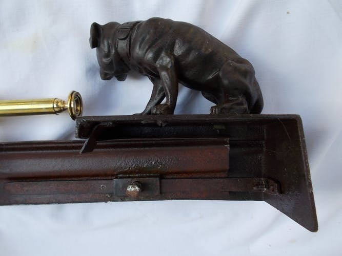 Bulldogs chimney bar