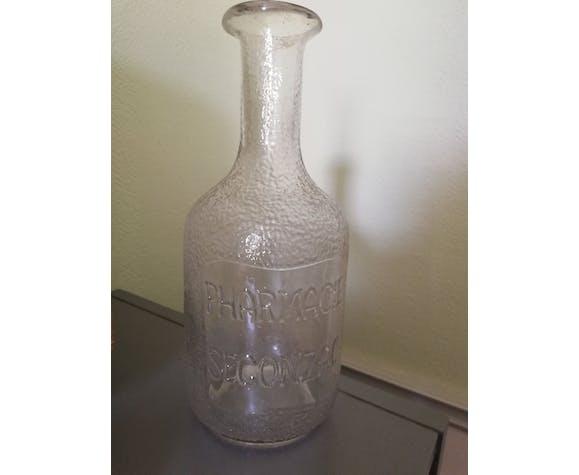 Pharmaceutical bottle