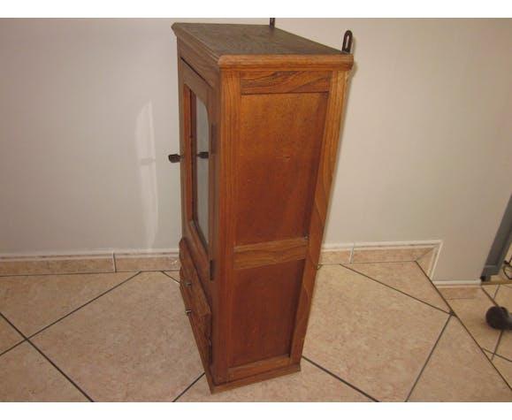 Armoire de toilette ou pharmacie