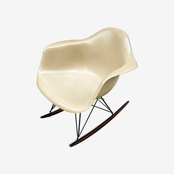 Christmas Pop Up - Rocking-chair Eames vintage by Herman Miller - Greige