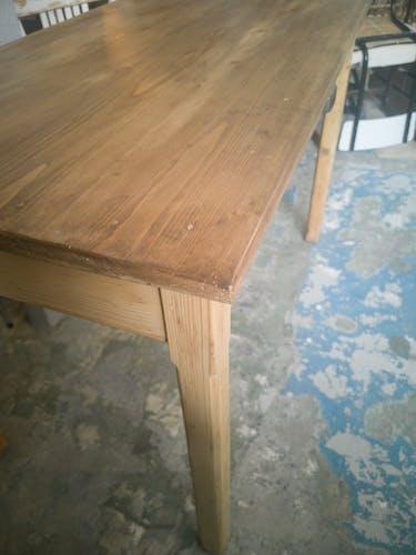 Ancienne table de ferme restaurée