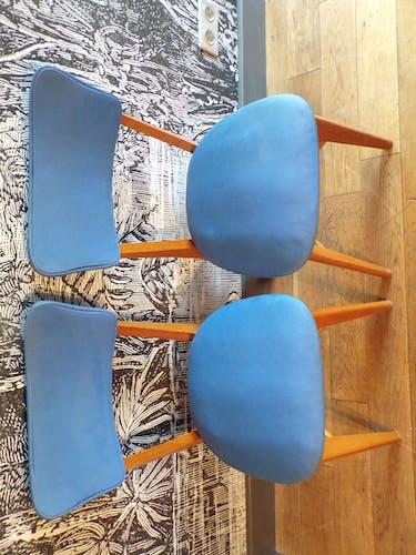 Paire de chaises vintage skaï bleu