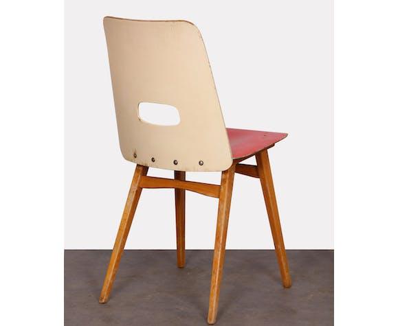 Paire de chaises rouges pour l'éditeur tchèque Ton, 1960