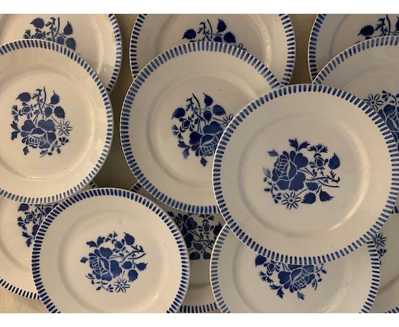 12 assiettes à dessert anciennes en faïence de Lunéville bleue et blanche