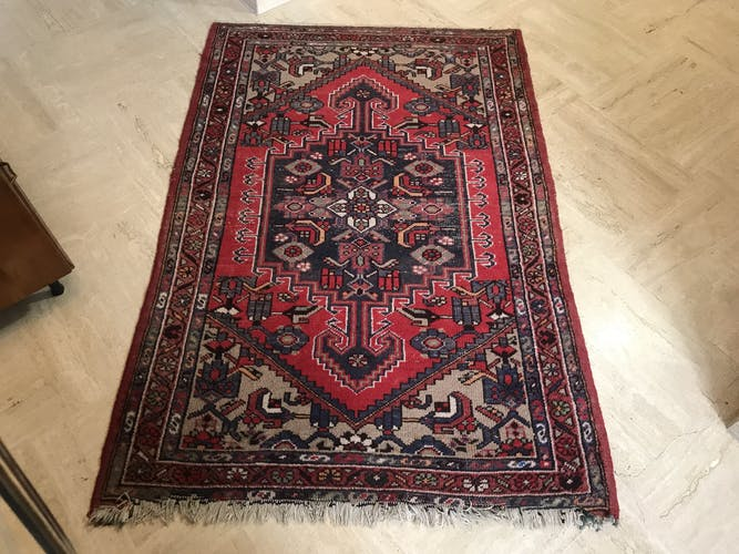 Former early twentieth century Persian carpet 150 x 100 cm is hand