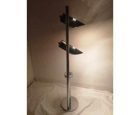 Standing lamp with ashtray