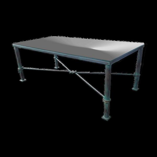 Table basse de salon en fer forgé avec plateau en verre biseauté