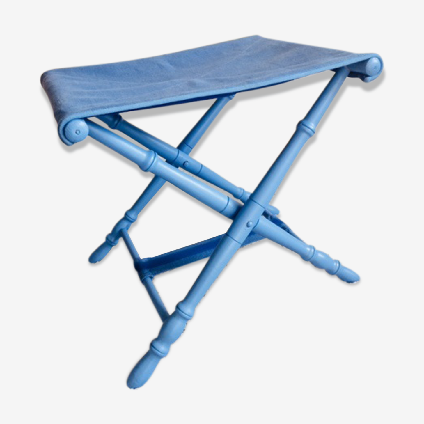 Monochrome folding old stool