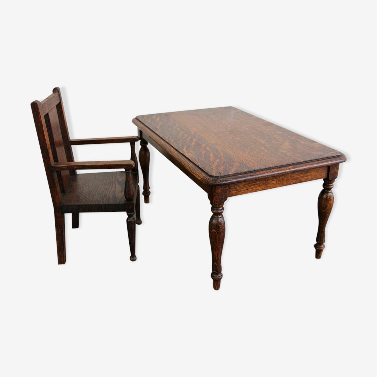 Ensemble table et chaise début du XXe siècle