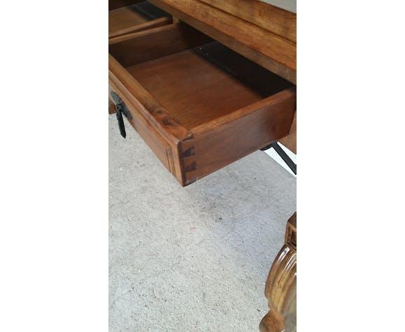 Table en bois à système