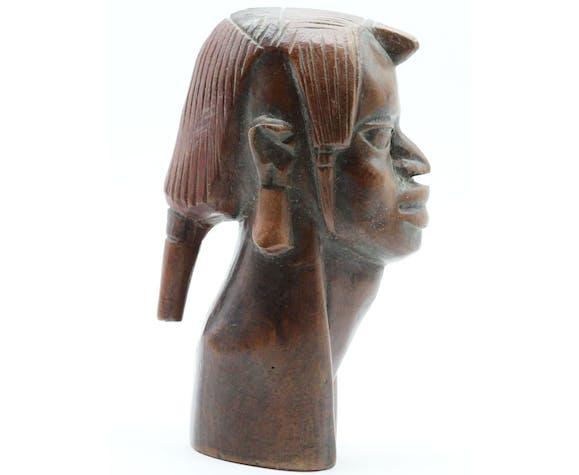 Buste de femme en bois