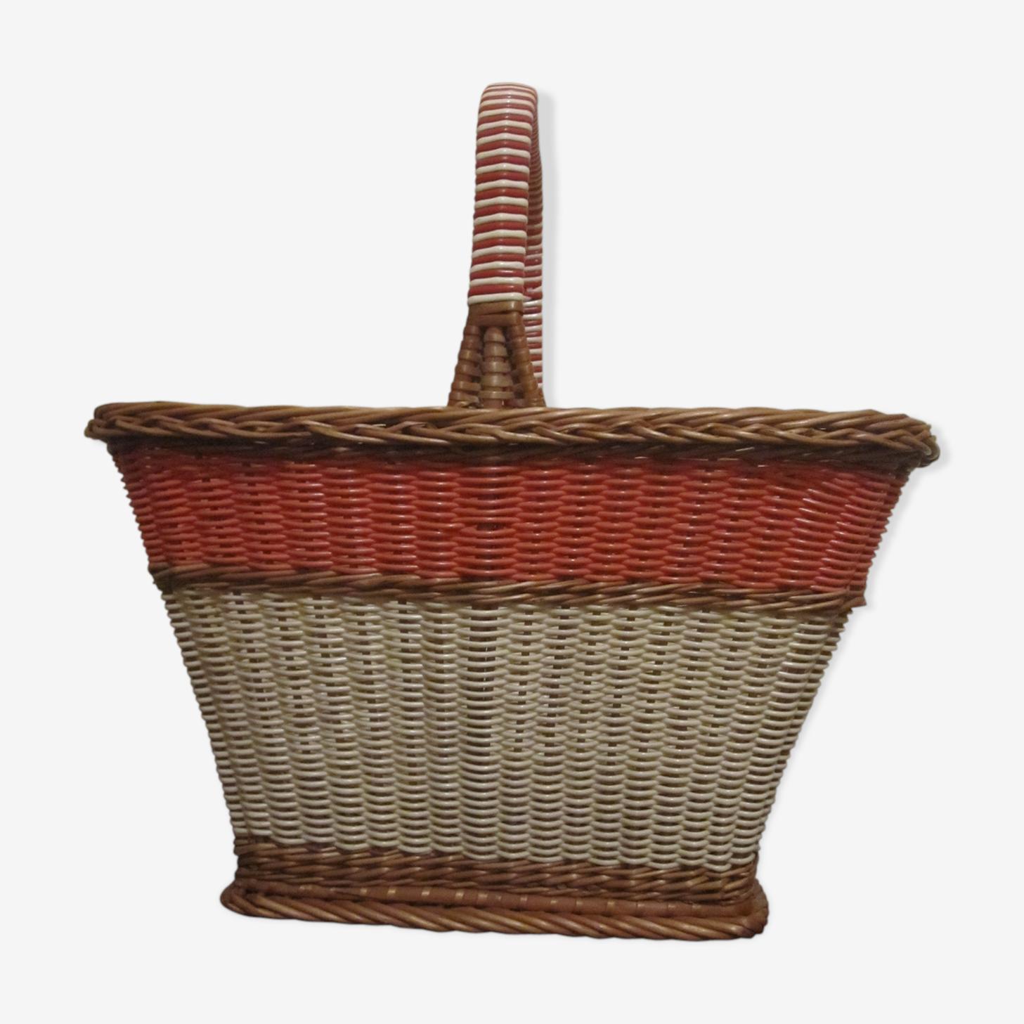 Scoubidou basket and rattan