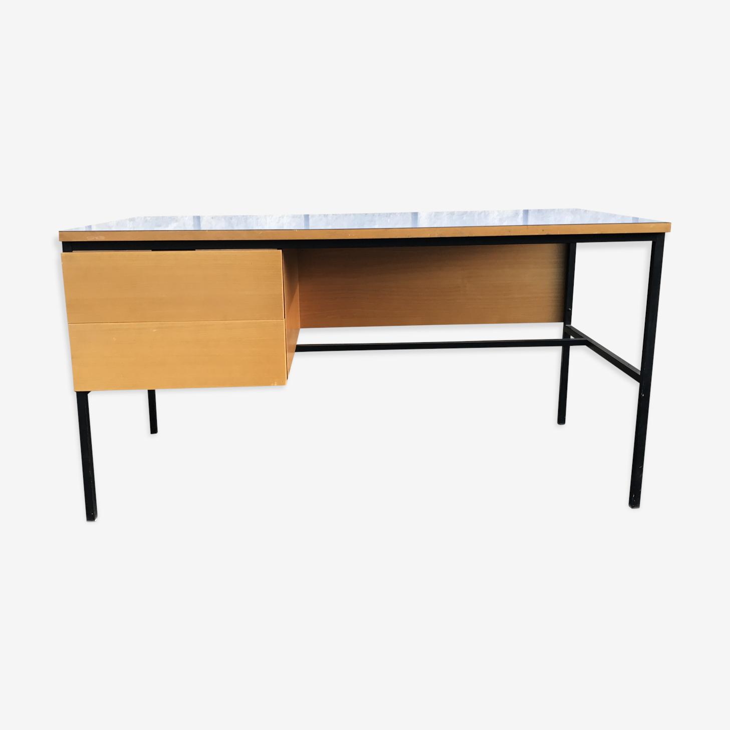 Bureau moderniste Pierre Guariche 620