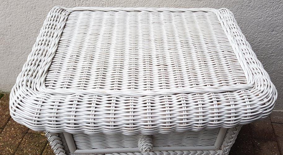 Chevet en rotin blanc