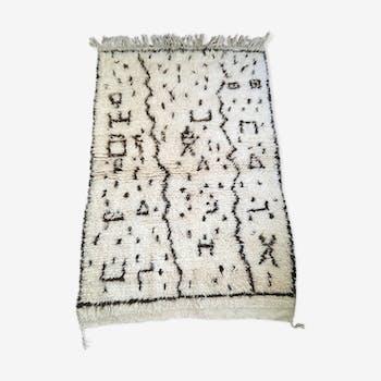 Vintage Berber carpet 100x162cm