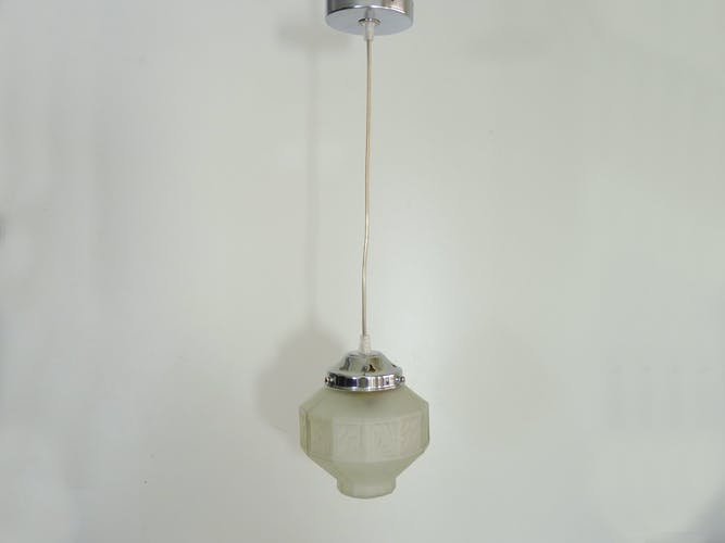 Suspension globe art déco en pâte de verre