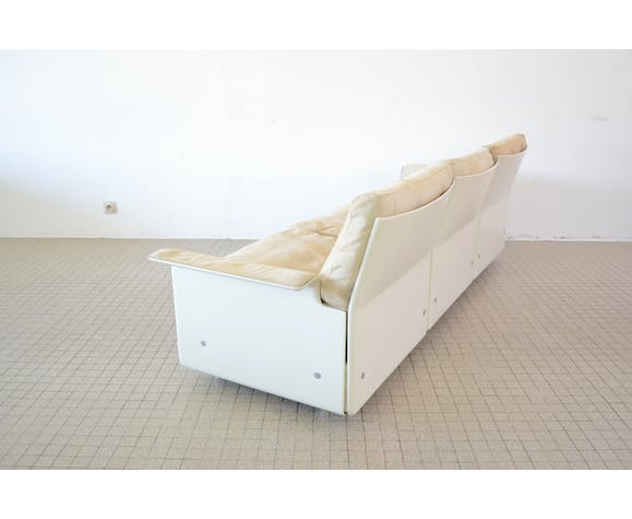 Vitsoe 620 chair programme 3 seater sofa in suede by Dieter Rams