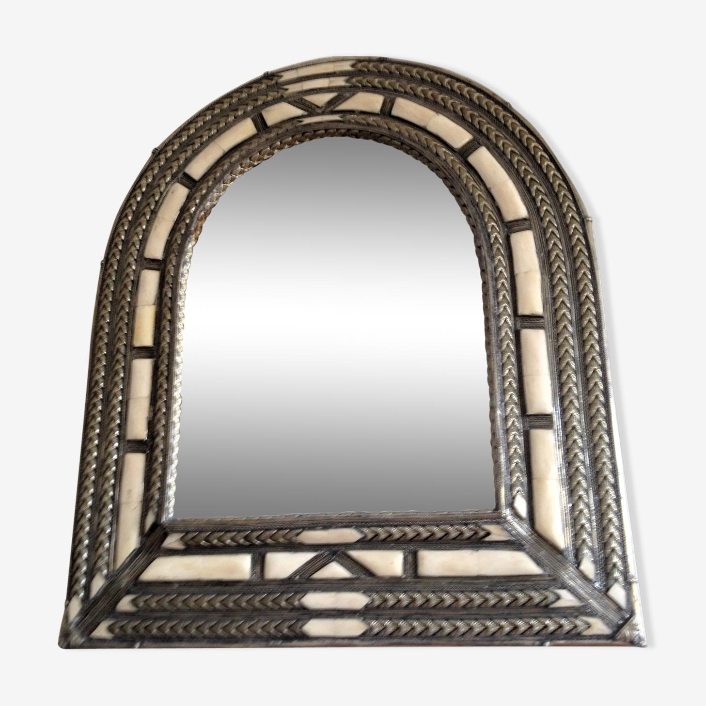 Miroir cintré - os, métal argenté, turquoise, velours - orient - 60x70 cm