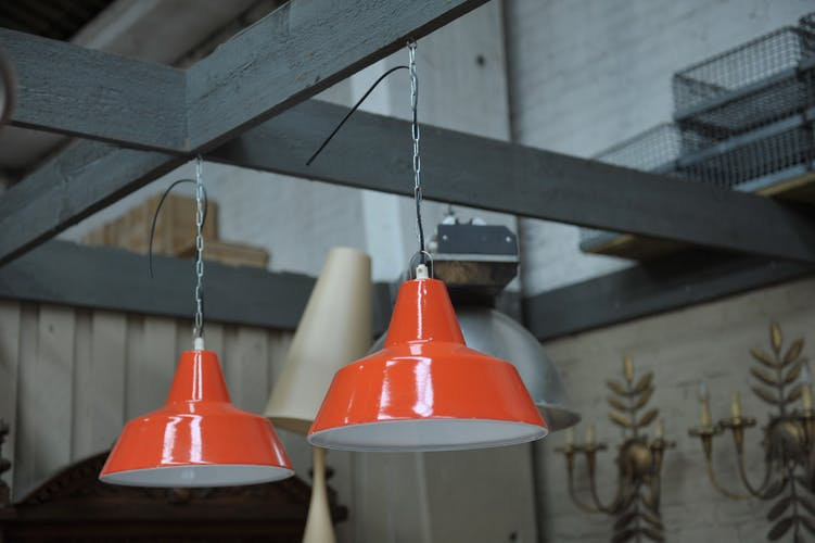 Lot of 4 orange and white enamelled suspensions lamps from the 1950s