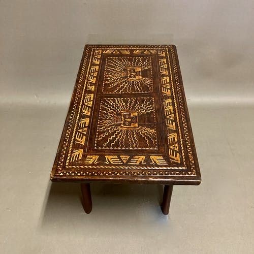 Table basse en cuir et bois Angel Pazmino 1950