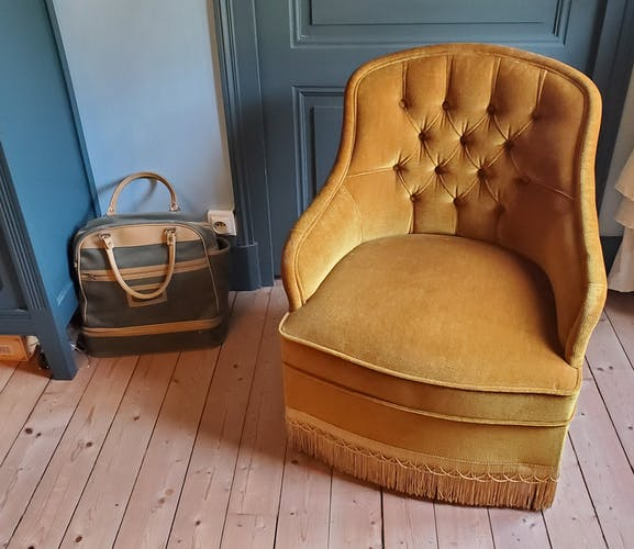 Fauteuil velours or