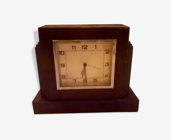 Ancienne pendule m canique en bois de table poser borne art deco horloge bois mat riau for Grande pendule en bois