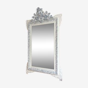 Miroir fin 19ème fronton décoré blanc et gris 135x82cm