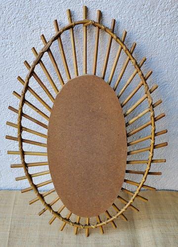 Miroir soleil en rotin années 60 - 62x42cm
